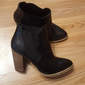 Chinese laundry leather zane ankle boot